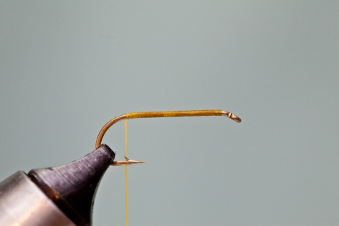wrapping thread on hook