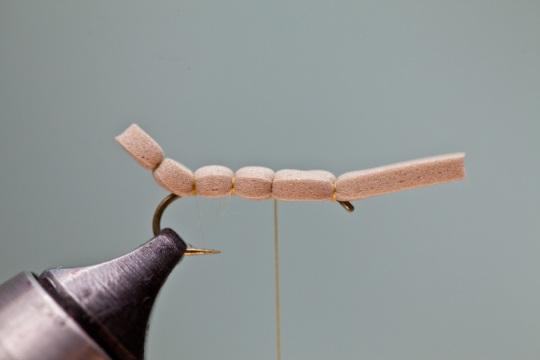making body for fish magnet hopper